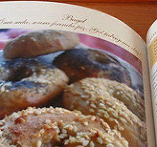 Taze Ekmekler Sıcak Öyküler