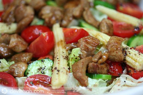 Hindili Salata